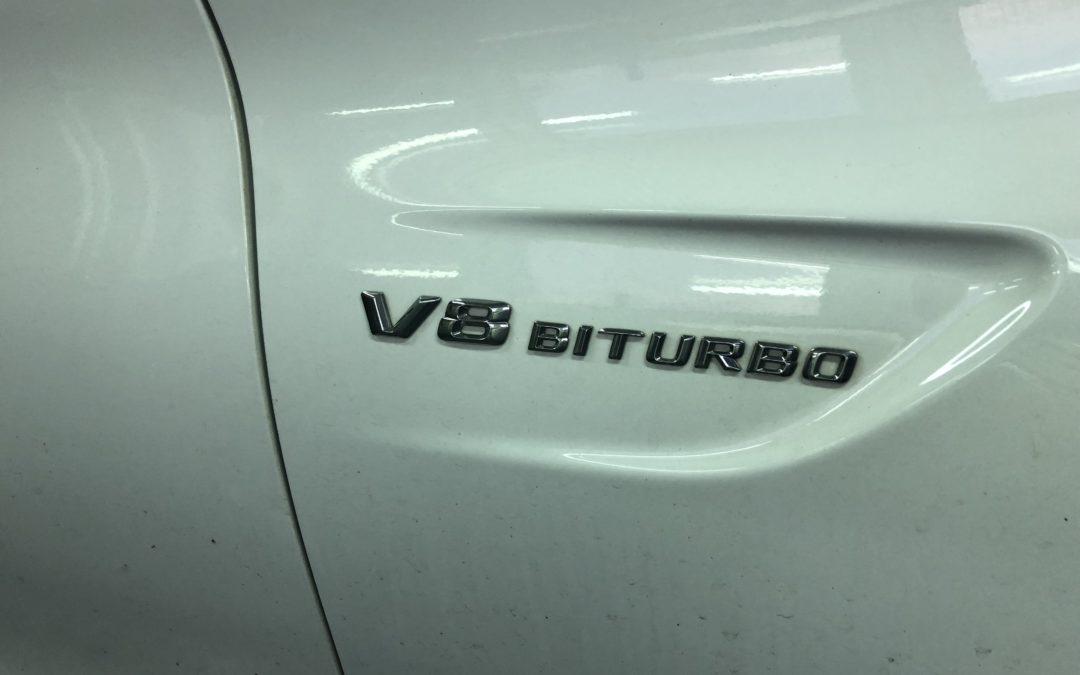 Mercedes C63 AMG V8